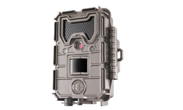 Bushnell-Trophy-Cam-20MP-Agressor-Tan-No-Glow
