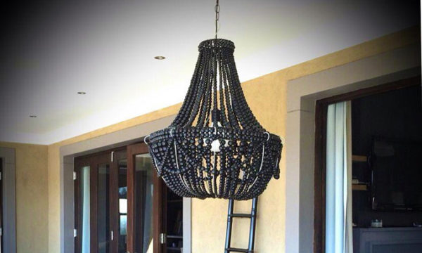 Wood-Beaded-Chandelier---Classic-Frame_gallery
